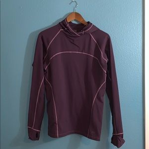 REI ladies base layer hooded pullover- D